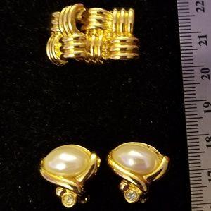 2 pair vintage Avon clip on earrings